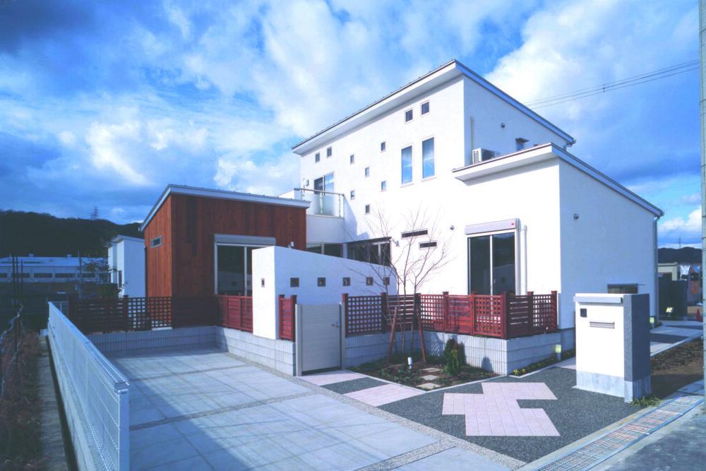 KUE-House